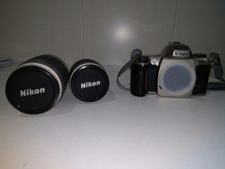 Cámara fotos analógica Nikon F65 + 2 objetivos
