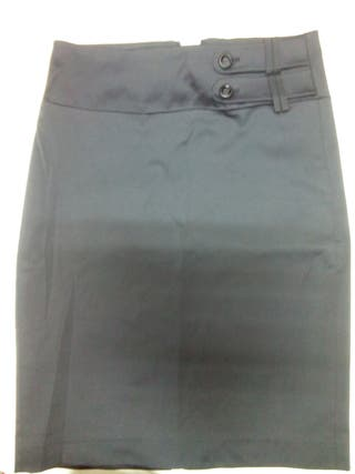 falda Mango negra recta con adorno en cintura