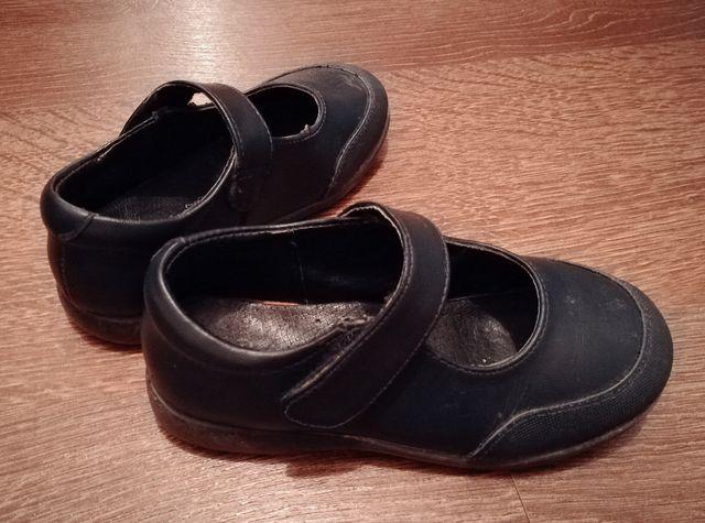 cf6bec9c142 Zapato colegial azúl, niña Talla28 de segunda mano por 8 € en ...