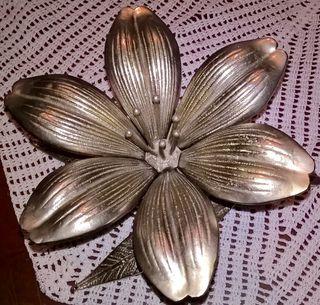 Cenicero vintage flor