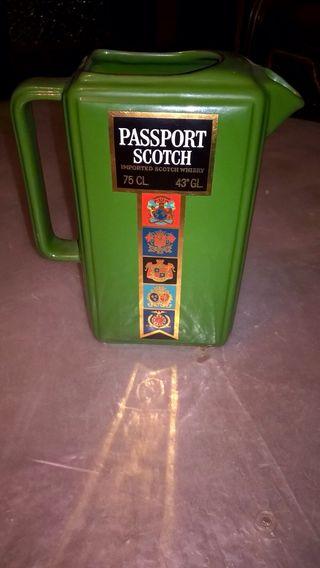 Jarra y bol retro Passport