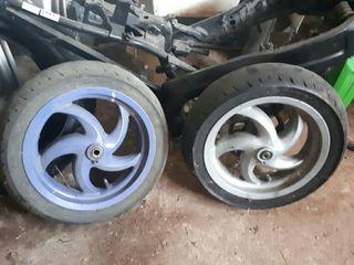 ruedas gilera runner