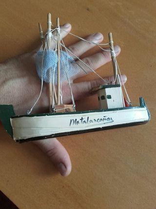 barco miniatura maqueta de pesca antiguo