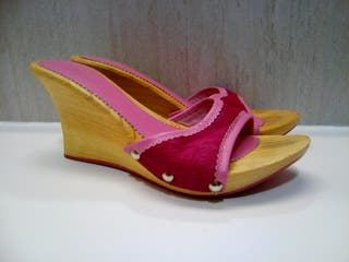 sandalias pelo potro rosa vienti