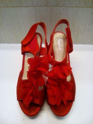sandalia roja t. 37