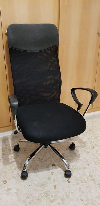 silla de oficina alta negra