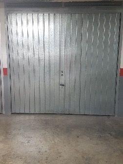 Garaje cerrado zonaPereCrespi/SagradaFamailia