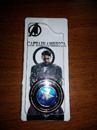 llavero metálico Capitán América nuevo plateado