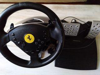volante y pedales Thrustmaster