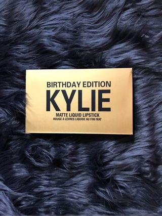 Labiales Kylie
