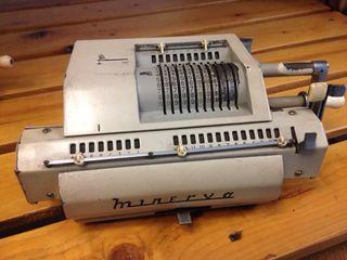 Calculadora MINERVA años 50