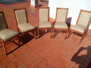 5 cadires de menjadot