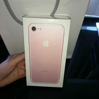 Phone 7 128gb still under warranty