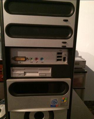 Torre Pentium 4