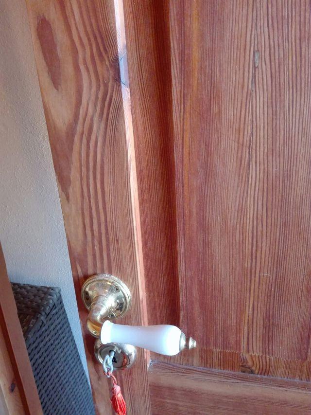 Puerta madera maciza norte viejo