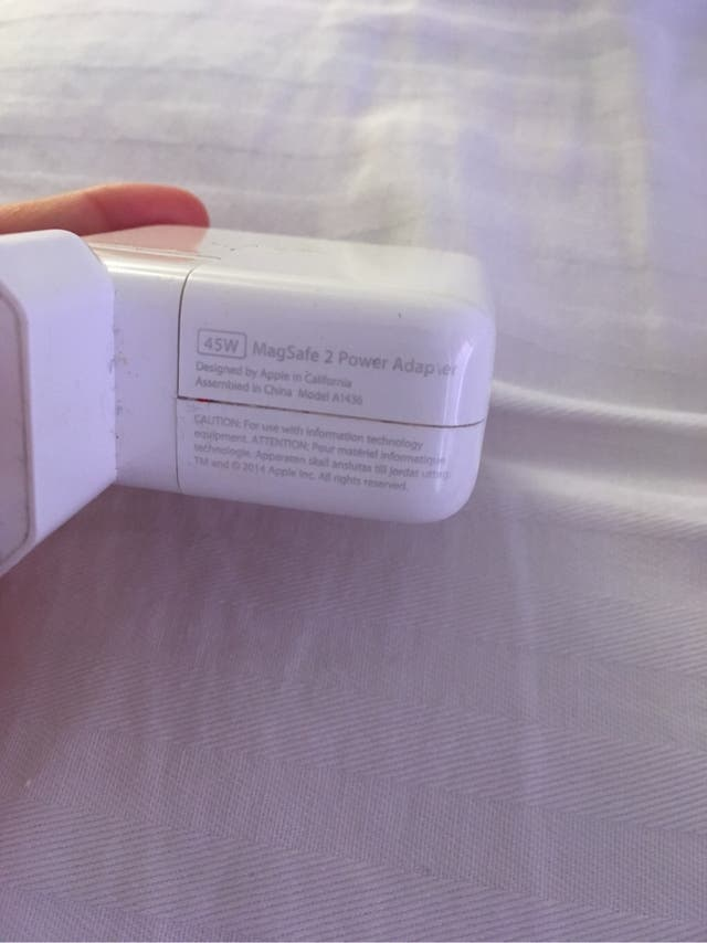 Cargador original Macbook Air
