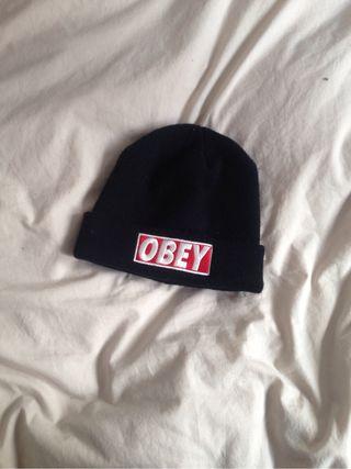 Gorro obey