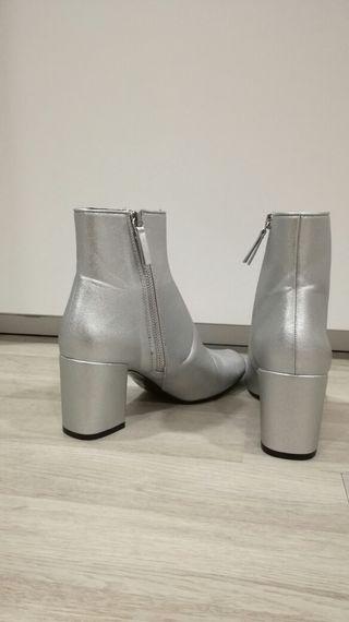 Botines Zara. Talla 37. NUEVOS.