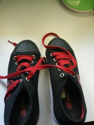 Zapatillas de 2 ruedas....