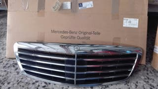 Parrilla del Mercedes w 221 con distronic