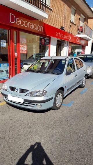 Renault megane 2001 (negociable)