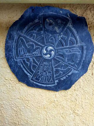 REBAJADO. escudo Celta