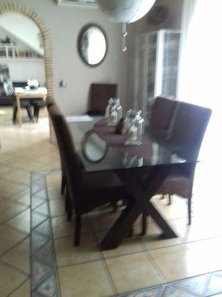comedor .mesa y sillas