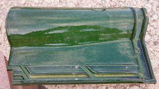 teja esmaltada verde