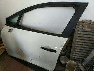puerta Renault Clio IV
