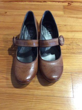 Zapatos mujer, talla 38.