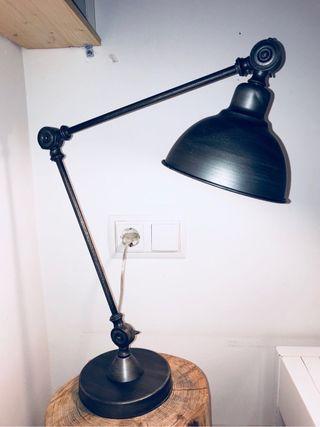 Lámpara diseño industrial