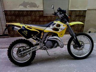 Moto Gasgas ec200 del año 2001