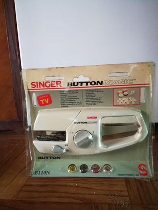 Máquina singer para poner botones