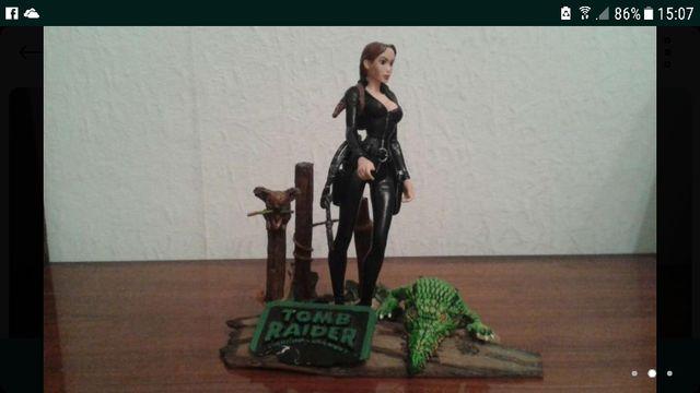 Figura Lara Croft - Tomb Raider - Custom