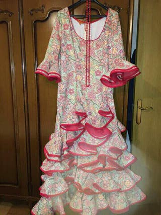 Bonito vestido de flamenca talla 48
