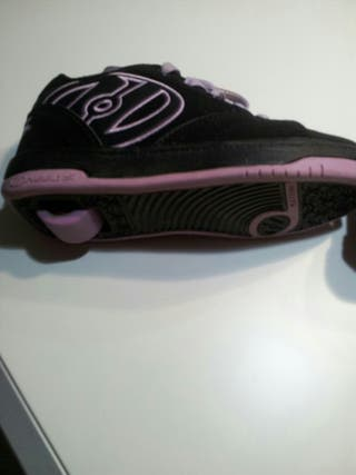Zapatos niña con ruedas n33