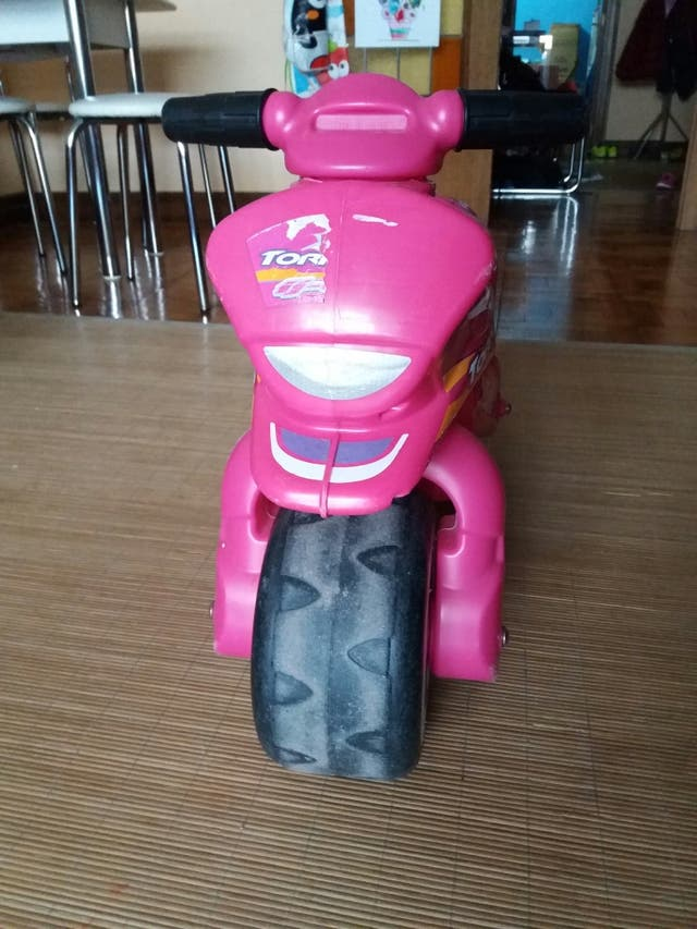 Moto de niños rosa