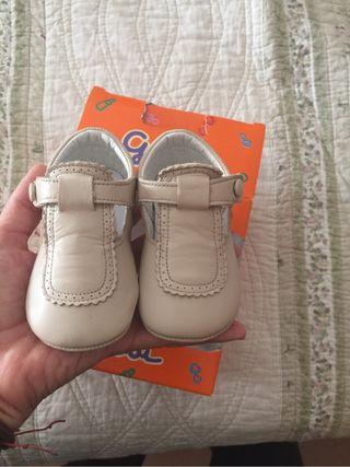 Zapatos piel bebe t.18