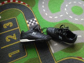 botas de futbol de niño