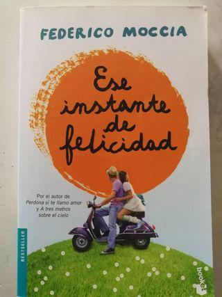 """Libro """"Ese instante de felicidad"""""""