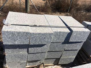 Bordillo granito