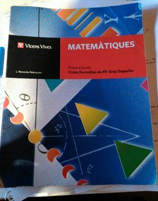 llibre matemàtiques prova d'accés