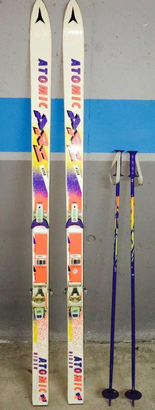 Skis y palos