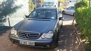 Mercedes Cdi 220, 143cv Diésel. GPS incorporado.