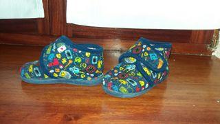 Zapatillas casa N°23 niño