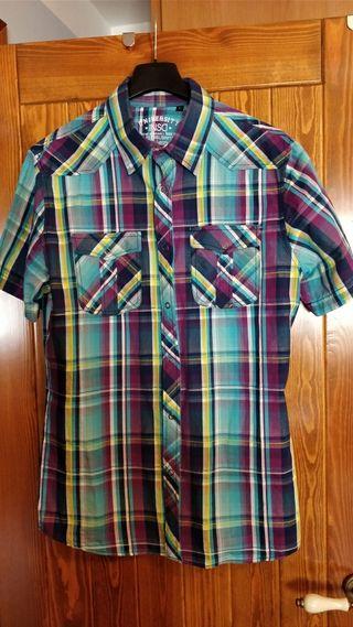 Camisas de Springfield y H&M