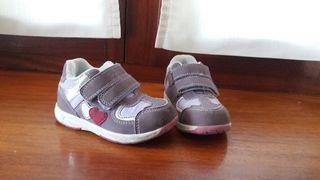 Zapatillas niña N°24
