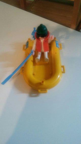 playmobil. lancha con figura y remo