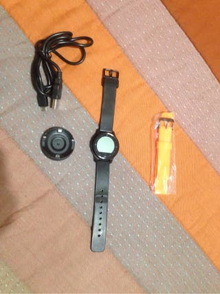 Reloj smartwatch deportivo