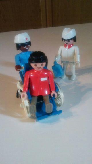 playmobil. figuras antiguas con silla de ruedas.
